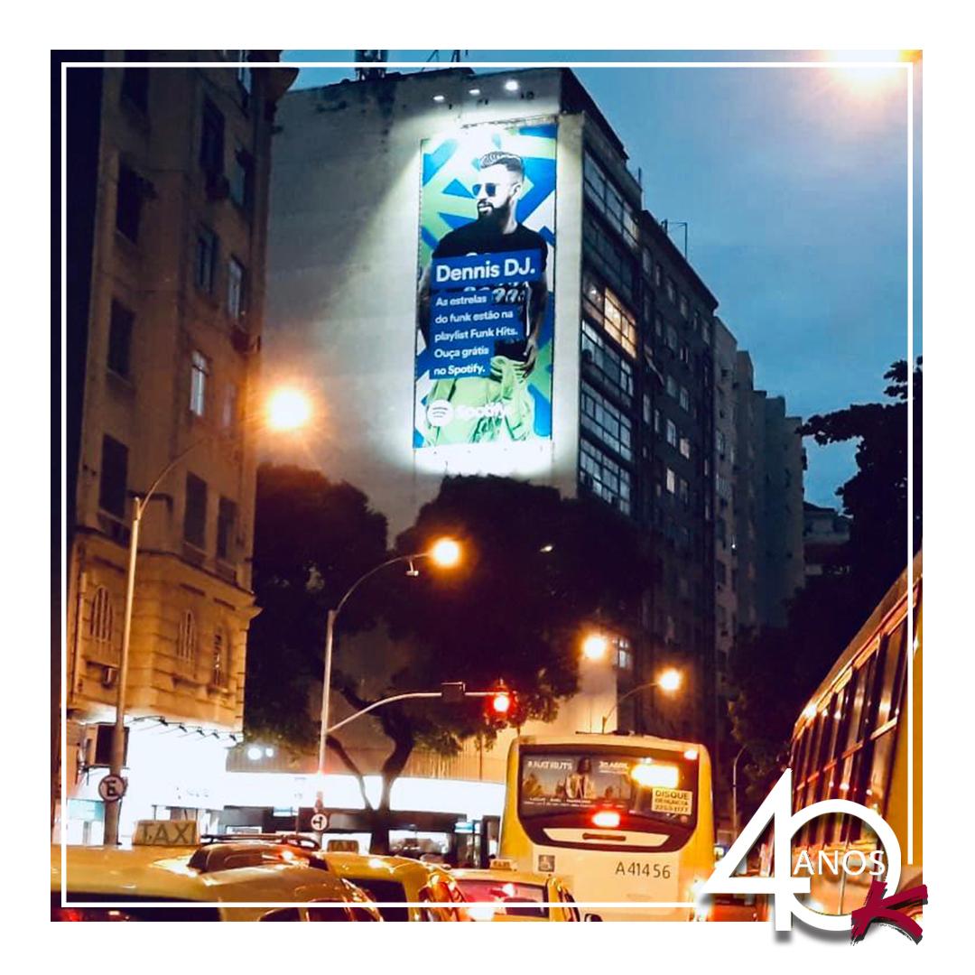 Campanha da Spotify na empena Kallas em Copacabana!